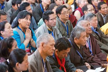 Далай-лама даровал посвящение Будды Медицины в главном тибетском храме Дхарамсалы