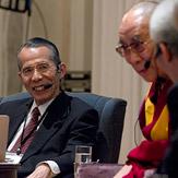 В Киото завершилась двухдневная встреча с участием Далай-ламы, посвященная вопросам работы ума
