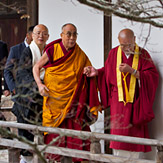 Далай-лама совершил паломничество в главный храм японской буддийской школы сингон