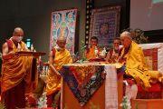 Его Святейшество Далай-лама дарует посвящение Вайрочаны Абхисамбодхи. Коясан, Япония. 14 апреля 2014 г. Фото: Джереми Рассел (офис ЕСДЛ)