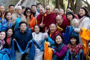Его Святейшество Далай-лама с группой буддистов из Монголии. Коясан, Япония. 15 апреля 2014 г. Фото: Тибетский офис в Японии