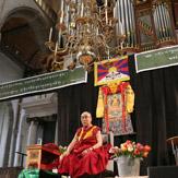 Далай-лама прибыл из Осло в Роттердам