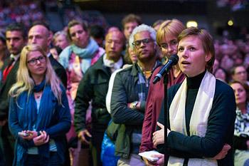 В Роттердаме Далай-лама даровал буддийские учения и прочел публичную лекцию о светской этике