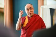 Его Святейшество Далай-лама обращается с речью к друзьям Тибетского дома. Франкфурт, Германия. 14 мая 2014 г. Фото: Manuel Bauer