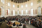 """Во второй половине дня в Паульскирхе (церкви Св. Павла) состоялась встреча с Его Святейшеством Далай-ламой, посвященная теме """"Этика за пределами религий"""".  Франкфурт, Германия. 15 мая 2014 г. Фото: Manuel Bauer"""