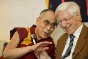 Его Святейшество Далай-лама и Франц Альт. Франкфурт, Германия. 16 мая 2014 г. Фото: Manuel Bauer