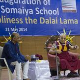 Жить, любить, смеяться и умирать по-буддийски – второй день учений Далай-ламы в Мумбаи