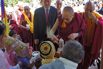 Жители итальянского региона Тоскана готовятся к визиту Его Святейшества Далай-ламы