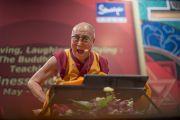 """Второй день учений Его Святейшества Далай-ламы в """"Сомая Видьявихаре"""". Мумбаи, Индия. 31 мая 2014 г. Фото: Тензин Чойджор (офис ЕСДЛ)"""