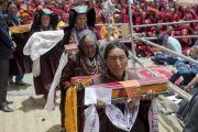 Заключительный день учений Его Святейшества Далай-ламы в Падуме. Молебен о долголетии Его Святейшества. Занскар, штат Джамму и Кашмир, Индия. Фото: Тензин Чойджор (офис ЕСДЛ)