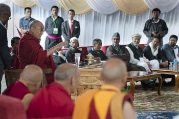 В Лехе Далай-лама принял участие в церемонии разрушения песочной мандалы Калачакры