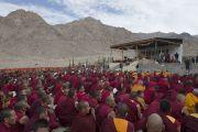 Вид на место проведения учений Его Святейшества Далай-ламы в монастыре Ликир. Ладак, штат Джамму и Кашмир, Индия. 1 июля 2014 г. Фото: Тензин Чойджор (офис ЕСДЛ)