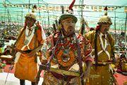 Ладакцы выступают с песнями и танцами для Его Святейшества Далай-ламы в заключительный день 33-го учения Калачакры. Лех, Ладак, штат Джамму и Кашмир, Индия. 13 июля 2014 г. Фото: Мануэль Бауэр.