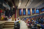 Его Святейшество Далай-лама выступает в Центральном институте буддологии в Чогламсаре неподалеку от Леха. Ладак, штат Джамму и Кашмир, Индия. 16 июля 2014 г. Фото: Тензин Чойджор (офис ЕСДЛ).