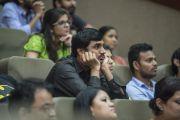 Во время выступления Его Святейшества Далай-ламы на церемонии вручения дипломов в Институте общественных наук им. Таты. Мумбаи, Индия. 17 сентября 2014 г. Фото: Тензин Чойджор (офис ЕСДЛ)