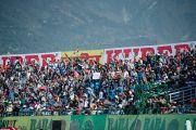 Порядка 19 000 болельщиков собрались на стадионе Ассоциации крикета штата Химачал-Прадеш на матч между сборными Индии и Вест-Индии. Дхарамсала, Индия. 17 октября 2014 г. Фото: Тензин Чойджор (офис ЕСДЛ)