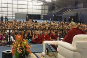 Его Святейшество Далай-лама встречается с членами тибетской общины. Ванкувер, Канада. 23 октября 2014 г. Фото: Джереми Рассел (офис ЕСДЛ)