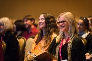 """Некоторые из слушателей на 2-м Международном симпозиуме по изучению созерцательных практик, организованном институтом """"Ум и жизнь"""", в котором принял участие Его Святейшество Далай-лама. Бостон, штат Массачусетс, США. 31 октября 2014 г. Фото: Jurek Schreiner"""