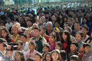 Более 5200 тибетцев пришли на встречу с Его Святейшеством Далай-ламой в Джавитс-центр. Нью-Йорк, США. 5 ноября 2014 г. Фото: Сонам Зоксанг
