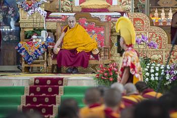 Далай-лама прибыл в монастырь Ганден Джангце