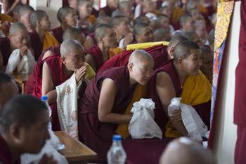 Последний день учений Далай-ламы по ламриму в монастыре Ганден Джангце