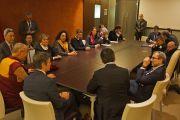 Его Святейшество Далай-лама на встрече с членами итальянского парламента. Рим, Италия 13 декабря 2014 г. Фото: Джереми Рассел (офис ЕСДЛ)