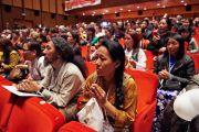 Тибетцы и сторонники Тибета из разных стран Европы на встрече с Его Святейшеством Далай-ламой. Рим, Италия. 13 декабря 2014 г. Фото: Olivier Adam