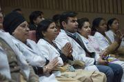 На лекцию Его Святейшества Далай-ламы более 400 врачей, медсестер и других сотрудников больницы им. Рамманохара Лохии. Дели, Индия. 20 января 2015 г. Фото: Тензин Чойджор (офис ЕСДЛ)