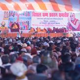 В Санкисе начались учения Далай-ламы по «Дхаммападе»
