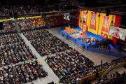 Вид на зал во время учений Его Святейшества Далай-ламы. Базель, Швейцария. 7 февраля 2015 г. Фото: Оливье Адам.