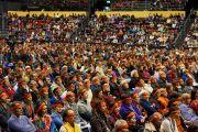 Вид на зал во время посвящения Авалокитешвары. Базель, Швейцария. 8 февраля 2015 г. Фото: Оливье Адам.