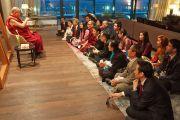 Перед отъездом из Тронхейма в Копенгаген Его Святейшество Далай-лама встретился с членами местного тибетского сообщества. Тронхейм, Норвегия. 10 февраля 2015 г. Фото: Джереми Рассел (офис ЕСДЛ).