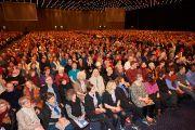 Лекцию Его Святейшества Далай-ламы слушали более четырех тысяч человек. Дания, Копенгаген. 11 февраля 2015 г. Фото: Оливье Адам.