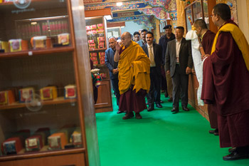 Далай-лама прибыл в монастырь Палпунг Шераблинг
