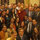 Дээрхийн Гэгээнтэн Далай Лам Шри Ланкийн лам хуврагууд болон АНУ-ын дипломат албаныхантай уулзлаа