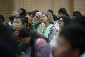 В Дели прошел второй день конференции «Наука, нравственность и образование» с участием Далай-ламы