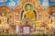 Его Святейшество Далай-лама выступает с речью в институте Лунгрик Джампеллинг в монастыре Палпунг Шераблинг. Верхний Бхатту, штат Химачал-Прадеш, Индия. 12 марта 2015 г. Фото: Тензин Чойджор (офис ЕСДЛ)
