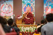Его Святейшество Далай-лама на встрече со школьниками и преподавателями. Дели, Индия. 20 марта 2015 г. Фото: Тензин Чойджор (офис ЕСДЛ)