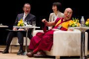 Его Святейшество Далай-лама на экологическом форуме, посвященном обсуждению сохранения природы для будущих поколений. Токио, Япония. 6 апреля 2015 г. Фото: Тензин Джигме