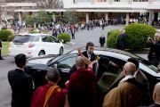 Его Святейшество Далай-лама покидает университет Аичи Гакуен. Нагоя, Япония. 7 апреля 2015 г. Фото: Тензин Джигме