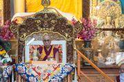 Его Святейшество Далай-лама проводит подготовку к посвящению Гухьясамаджи на второй день учений в тантрическом монастыре-университете Гьюто. Сидбхари, Химачал-Прадеш, Индия. 11 мая 2015 г. Фото: Тензин Чойджор (офис ЕСДЛ)