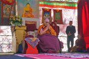 Его Святейшество Далай-лама во время подношения ему молебна о долголетии. Катумба, штат Новый Южный Уэльс, Австралия. 7 июня 2015 г. Фото: Джереми Рассел (офис ЕСДЛ)