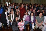 Его Святейшество Далай-лама фотографируется с китайскими участниками встречи. Катумба, штат Новый Южный Уэльс, Австралия. 7 июня 2015 г. Фото: Расти Стюарт