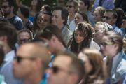 """Во время лекции Его Святейшества Далай-ламы на ранчо """"Лас-Ломас"""" в Сильверадо. Штат Калифорния, США. 4 июля 2015 г. Фото: Тензин Чойджор (офис ЕСДЛ)"""