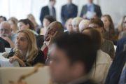 Гости, присутствующие не завтраке в первый день саммита, посвященного глобальному состраданию, слушают Его Святейшество Далай-ламу. Аннахайм, штат Калифорния, США. 5 июля 2015 г. Фото: Тензин Чойджор (офис ЕСДЛ)