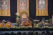 Во время учений Его Святейшества Далай-ламы в Явиц-центре. Нью-Йорк, США. 9 июля 2015 г. Фото: Тензин Чойджор (офис ЕСДЛ)