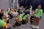 Волонтеры, работающие на учениях Его Святейшества Далай-ламы в Явиц-центре. Нью-Йорк, США. 9 июля 2015 г. Фото: Тензин Чойджор (офис ЕСДЛ)