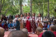 Выступление школьников на открытии летней сессии Высшего буддийского совета. Ле, Ладак, штат Джамму и Кашмир, Индия. 29 июля 2015 г. Фото: Тензин Чойджор (офис ЕСДЛ)