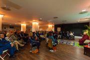 Его Святейшество Далай-лама на встрече со сторонниками Тибета на стадионе О2. Лондон, Великобритания. 19 сентября 2015 г. Фото: Иан Камминг