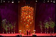 Его Святейшество Далай-лама выступает с лекцией на стадионе О2. Лондон, Великобритания. 19 сентября 2015 г. Фото: Иан Камминг